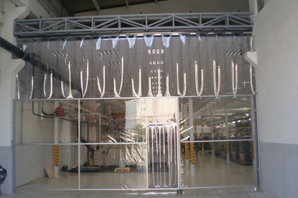 Fabrika İçi Şeffaf Branda Yapılan Bölme